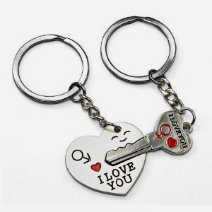 FREE Key to My Heart Cute Couple Keychain